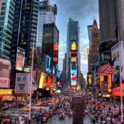 Hoy podemos ver Time Square de Nuev York, así de iluminada.