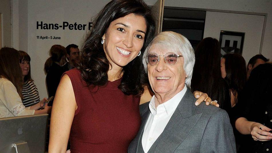 Bernie Ecclestone junto a Fabiana Flosi.