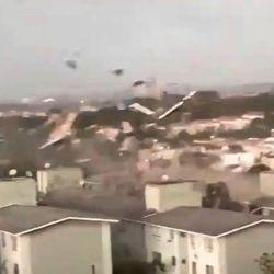 EL CICLON BOMBA YA DEJO MAS DE 10 MUERTOS Y DECENAS DE HERIDOS.