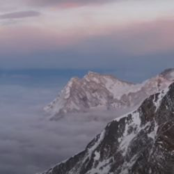 Una expedición de National Geographic voló un drone en la cima del Everest para filmar un documental.