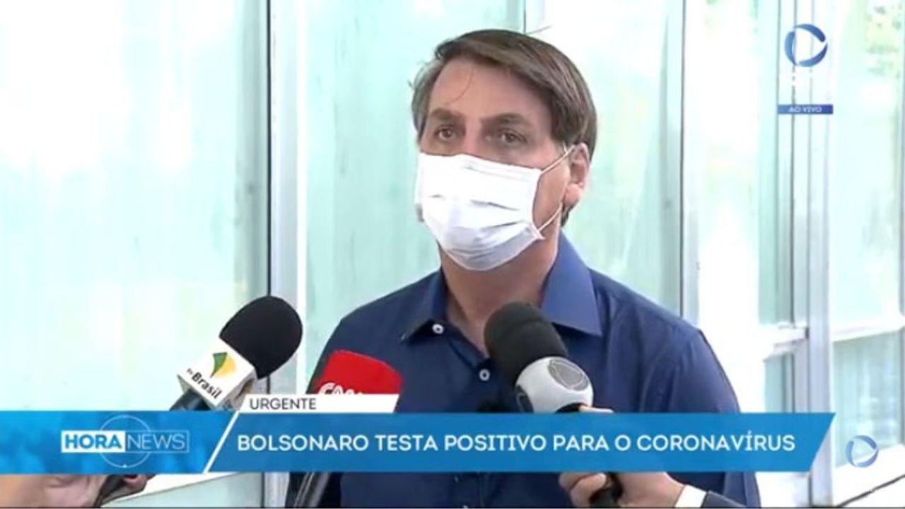 Bolsonaro al comunicar que el test había dado positivo.    Foto:CEDOC
