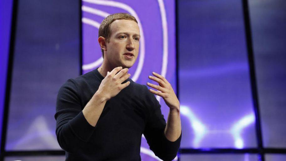 """Facebook vuelve a sus raíces y lanza la función """"Campus"""" para  universitarios   Perfil"""