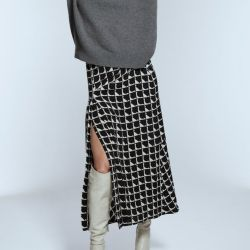Rebajas en Zara: 10 faldas midi que tenés que aprovechar