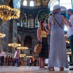 Turquía, Estambul: La gente visita el museo de la Santa Sofía, declarado Patrimonio de la Humanidad por la Unesco. | Foto:Yasin Akgul /DPA