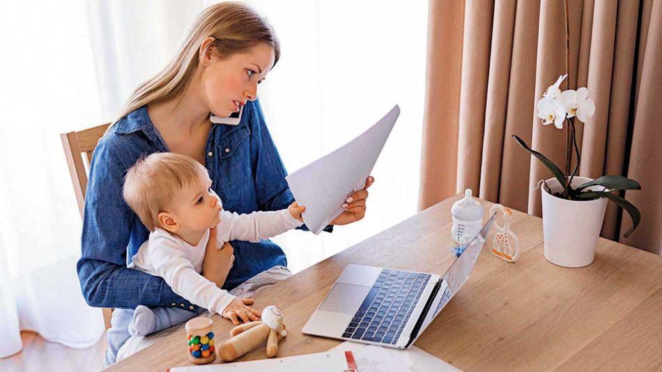 20200712_teletrabajo_mujer_trabajo_shutterstock_g