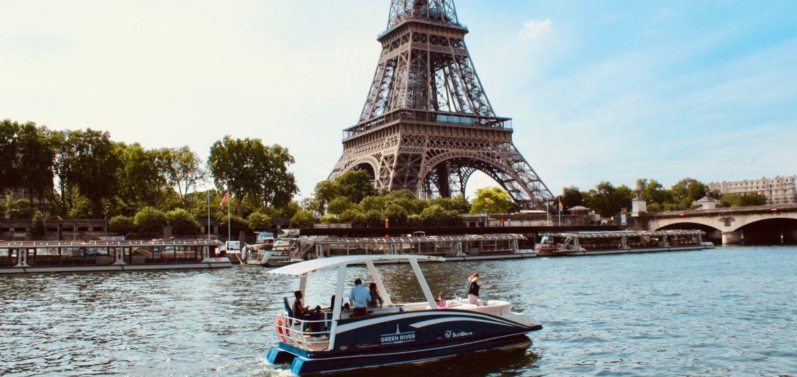 """La """"nueva normalidad"""" en París: Turismo, moda y eventos post confinamiento"""