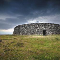 Los celtas vivían en casa que en verdad eran pequeñas fortificaciones para favorecer la defensa de sus propiedades.