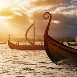 Los vikingos fueron conquistadores natos, con sus naves llegaron al norte de Europa, donde rápidamente establecieron su dominación.