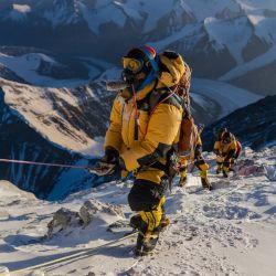 Escenas del documental de National Geographic Perdidos en el Everest.