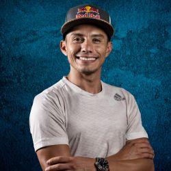 El clavadista mexicano Jonathan Paredes ya dejó su marca en la disciplina: en 2017 fue campeón de Red Bull Cliff Diving y se quedó con el 2º puesto en 2019.