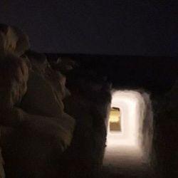 El túnel le demandó dos días de trabajo en medio de una intensa tormenta de nieve y viento.