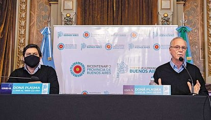 Detalles. El jefe de Gabinete, Carlos Bianco, y el ministro de Salud, Daniel Gollán, explicaron los alcances de la nueva etapa.