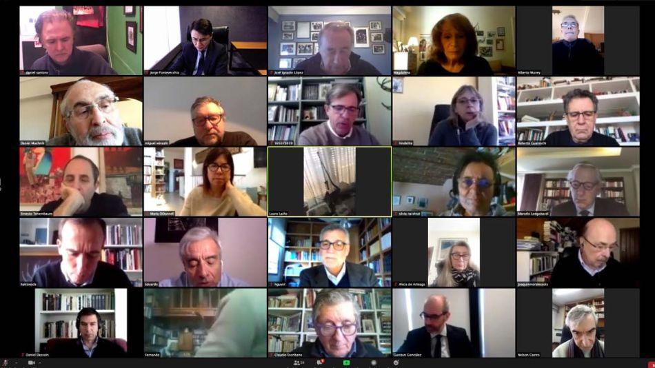 Academia Nacional de Periodismo. El pasado miércoles tuvo lugar la primera reunión anual. Hubo renovación de autoridades y el ingreso de ocho nuevos miembros.