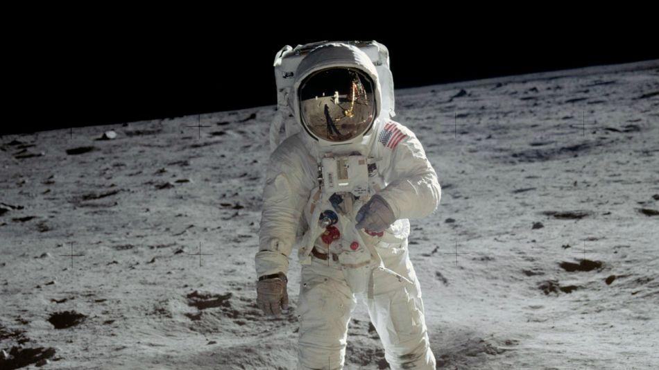 Buzz Aldrin, el astronauta masón inspirador del Día del Amigo.