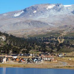 La población de Caviahue y de los pueblos vecinos al volcán están en alerta.