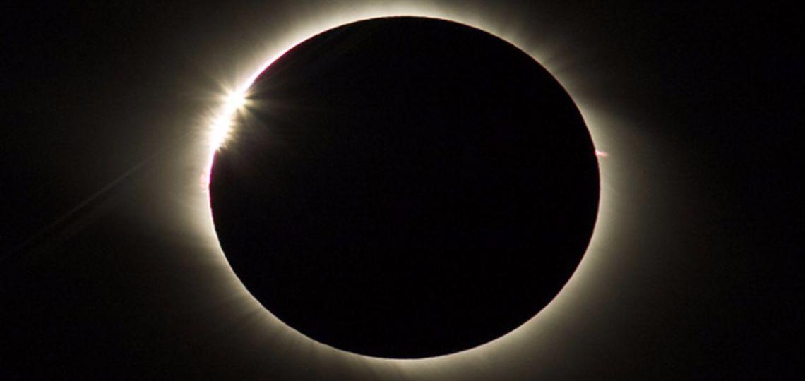 Luna nueva de hoy en Leo, la más atrevida: así afecta a tu signo el 21 de julio
