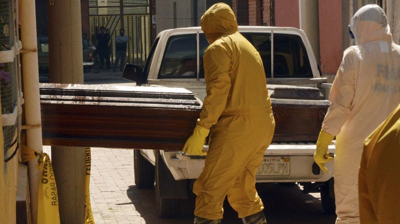 Bolivia en crisis: en 5 días retiraron cientos de cadáveres de las calles y casas