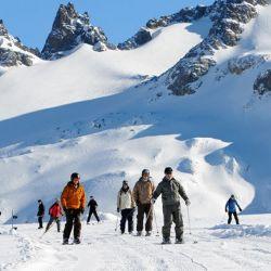 El gobierno ya autorizó los protocolos para que comiencen a operar los centros de esquí argentinos.