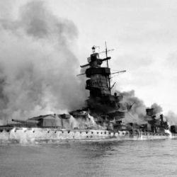 Durante la batalla, el buque alemán recibió unos setenta impactos estructurales que provocaron daños leves, pero que mataron a 36 tripulantes y dejaron otros 60 heridos.