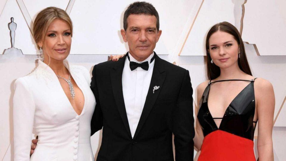 Antonio Banderas orgulloso por el debut de su hija Stella como periodista