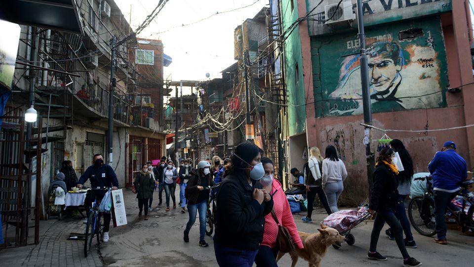 La dura vida en los barrios vulnerables en el año de la pandemia 3-Pablo Cuarterolo 20200723