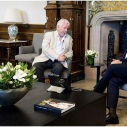Luis Puenzo con Alberto Fernández | Foto:cedoc