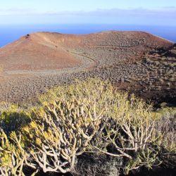 El Hierro destaca por su paisaje volcánico y su oeste desierto, un destino para los turistas que quieren evitar las masas. Foto: Manuel Meyer/dpa-tmn