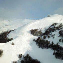 Dada la cantidad de nieve acumulada, el cerro se encontraba cerrado al público y se estaba aplicando el Plan de Intervención de Desencadenamiento de Avalanchas.