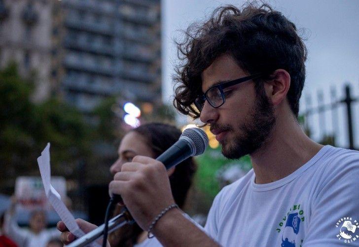 Eyal Weintraub tiene 20 años y es uno de los fundadores de Jóvenes por el Clima Argentina.