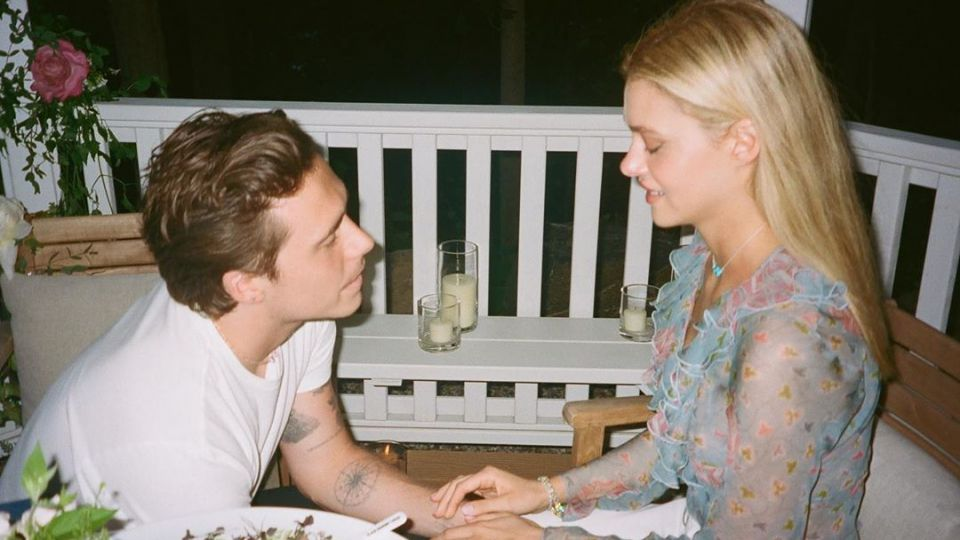 Los detalles de la romántica propuesta de casamiento de Brooklyn Beckham a su novia