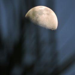 Luna de hoy en Capricornio, en su fase creciente
