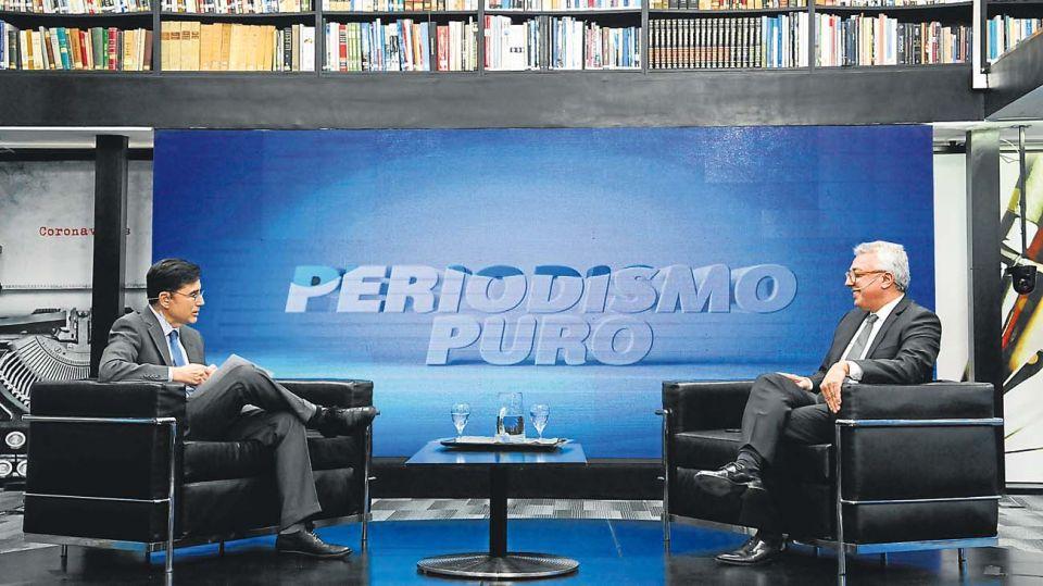 El intendente de Tigre, Julio Zamora, en la entrevista con Jorge Fontevecchia.