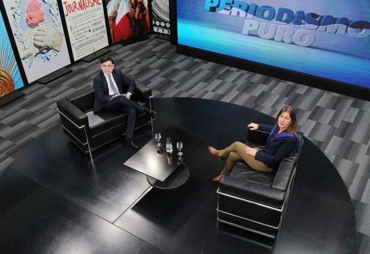 La ministra de Seguridad Sabina Frederic, en la entrevista con Jorge Fontevecchia.