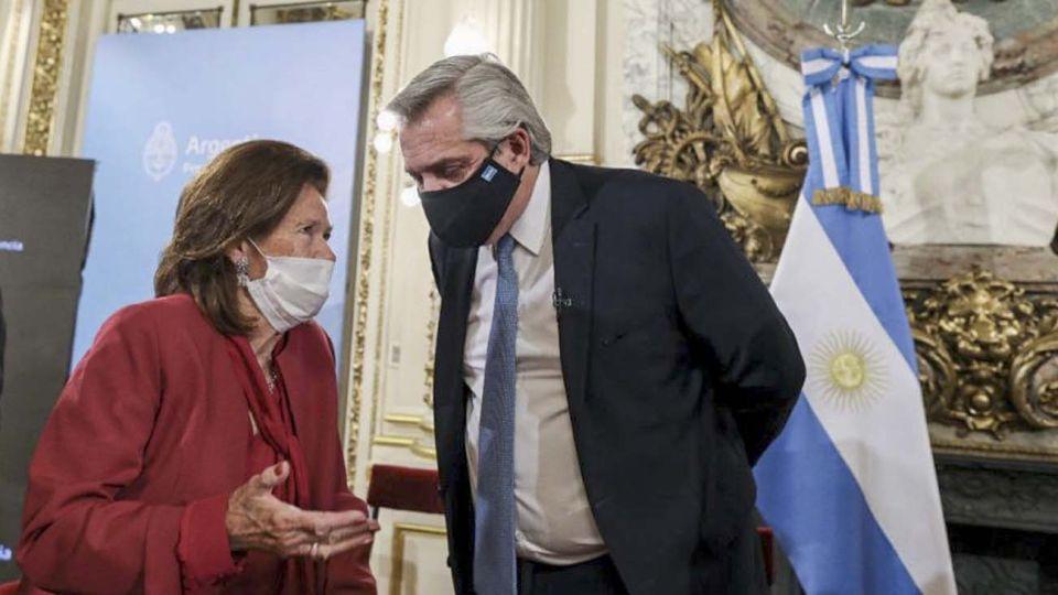 Elena Highton de Nolasco, con el presidente Alberto Fernández.