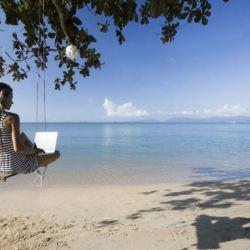 El sueño de atrabajar desde la playa puede convertirse en realidad en Barbados con su vida de trabajador nómada que tiene una duración de un año.