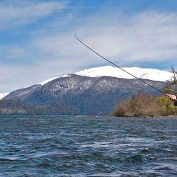 El proyecto busca que el Ejecutivo provincial disponga el adelantamiento de la temporada de pesca deportiva en la provincia sureña.