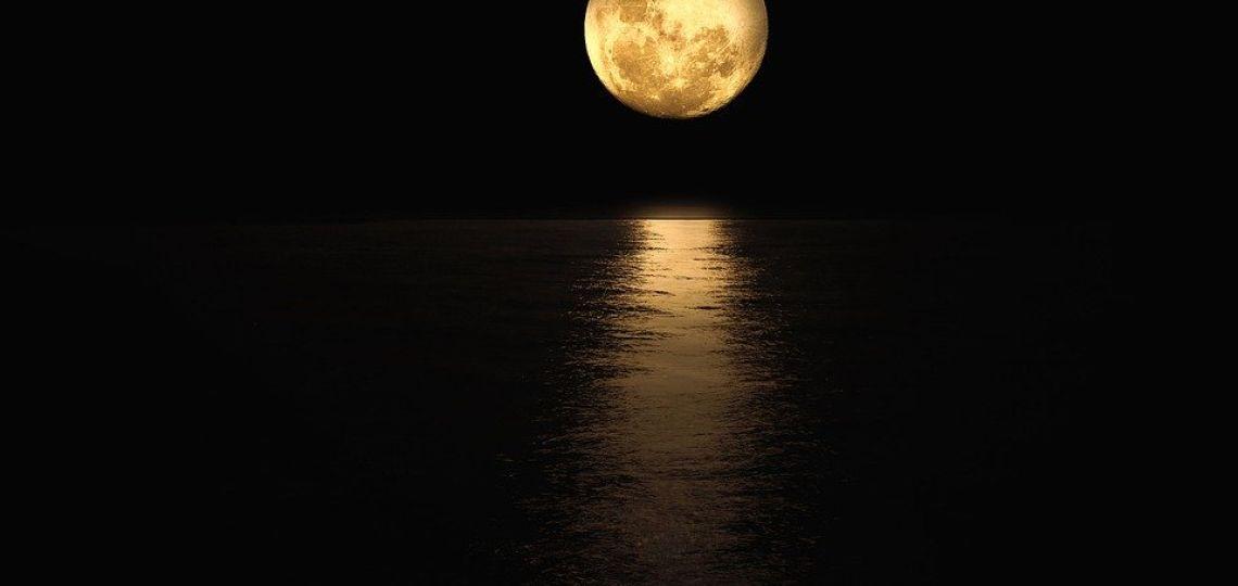 Luna de hoy en Acuario, la excéntrica: así afecta a tu signo el 31 de agosto