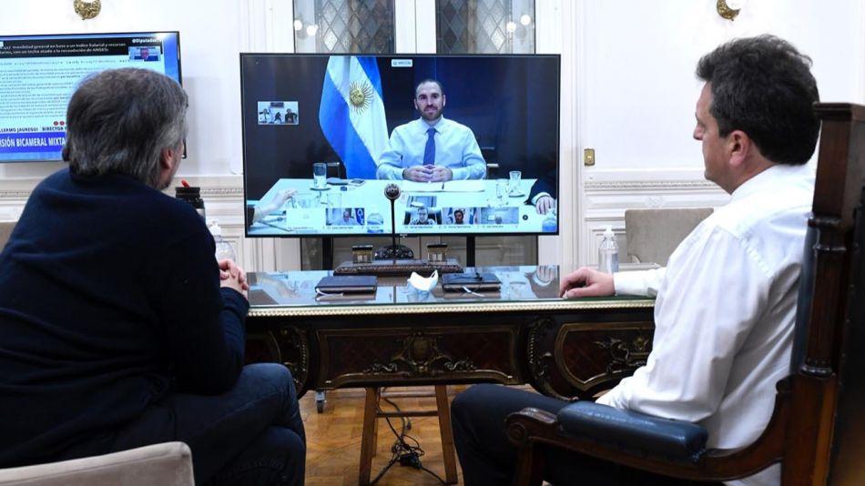 Guzmán, en videoconferencia con Sergio Massa y Máximo Kirchner. 20200803