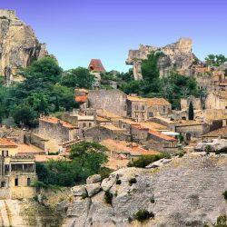 Les Baux de Provence, una localidad desde la que contemplar vistas espectaculares de los alrededores.