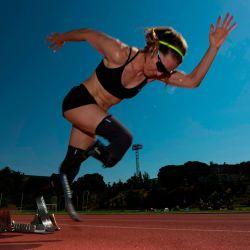 La atleta paralímpica Sara Andrés entrena durante una sesión de fotos de la AFP en el Centro de Alto Rendimiento del Consejo Superior de Deportes en Madrid.   Foto:PIERRE-PHILIPPE MARCOU / AFP