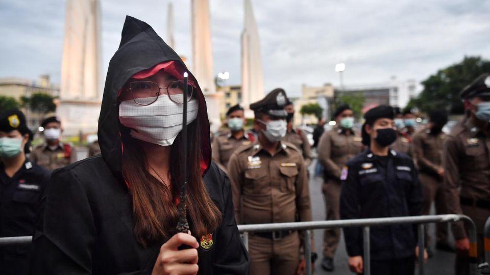 protesta  en tailandia con temática de harry potter 20200806