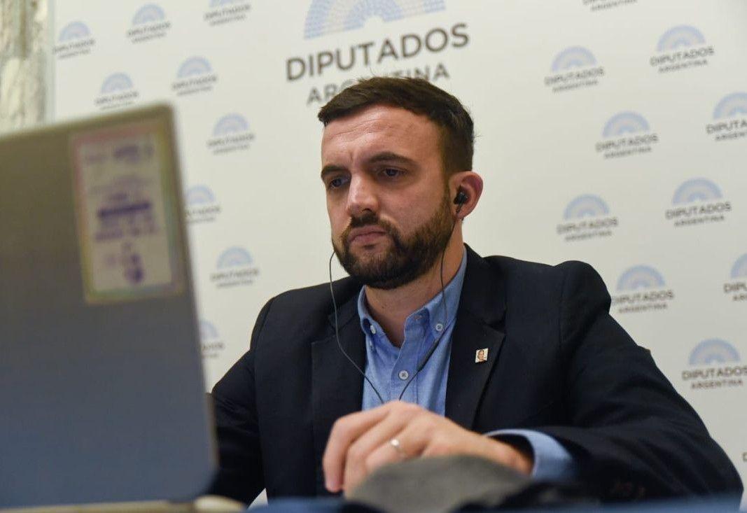 Leo Grosso, presidente de la comisión de Ambiente en la Cámara de Diputados, comenzó a debatir la ley de humedales.