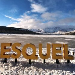Por las bajas temperaturas, el pasado fin de semana se congeló la laguna La Seca, en cercanías de Esquel.