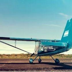 La empresa Proyecto Petrel S.A. proporcionará una unidad de la aeronave con las mismas características de las que están actualmente en operación.