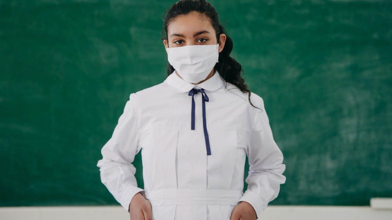 El lunes 10 volvieron a abrir las aulas a 10.500 alumnos de la provincia de San Juan. Hay una que ya está publicada así que si está subida se puede descartar.