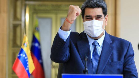 Nicolás Maduro planea adquirir la vacuna rusa.