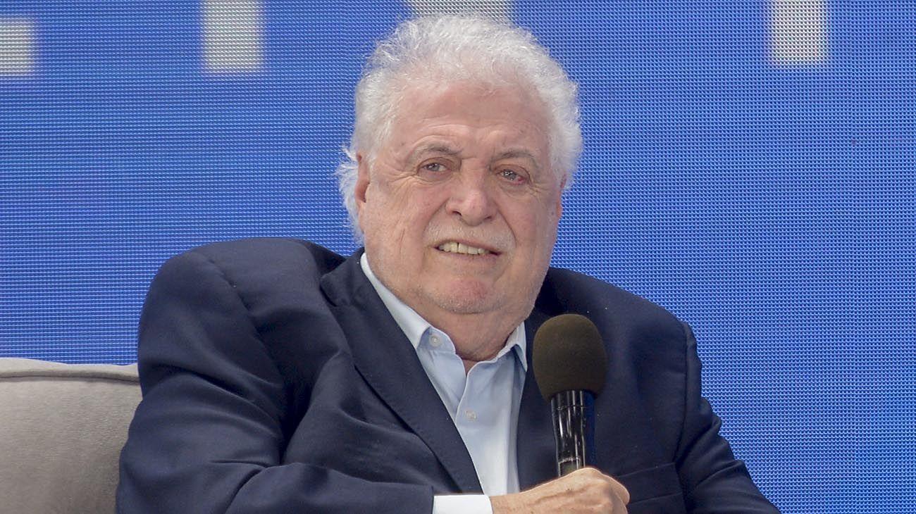 El ex ministro Ginés González García durante el anuncio de la producción de la vacuna contra el coronavirus en Olivos.