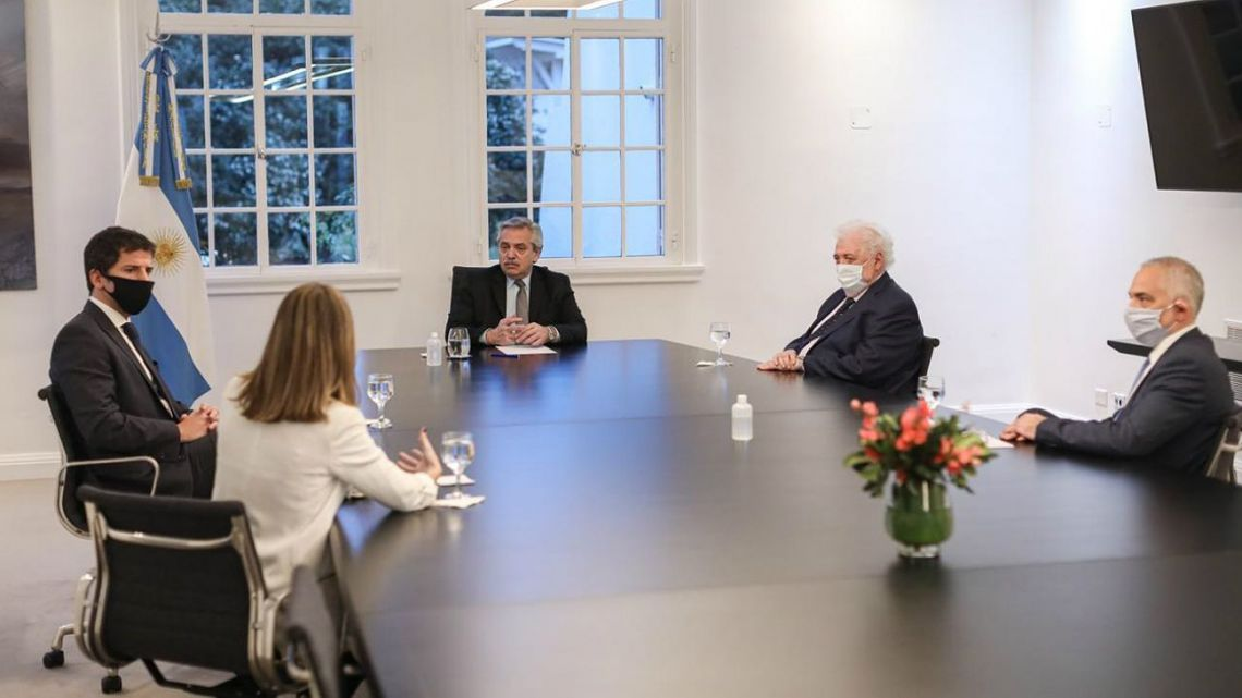 Alberto Fernández meets with officials from AstraZeneca on July 23.