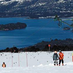 El parque de nieve Batea Mahuida tiene una pequeña pista de esquí.