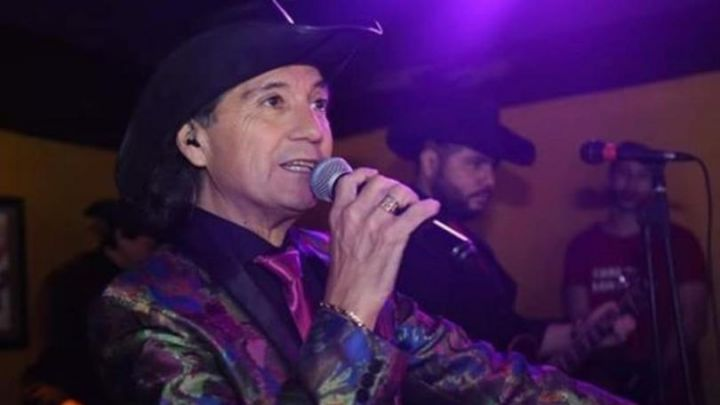 Murió Carlitos Márquez, cantante de Los Forasteros